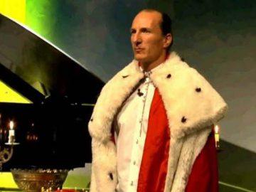 Peter Fitzek bei einer Inaugurationszeremonie als selbsternannter König von Deutschland. Bild: Screenshot / YouTube