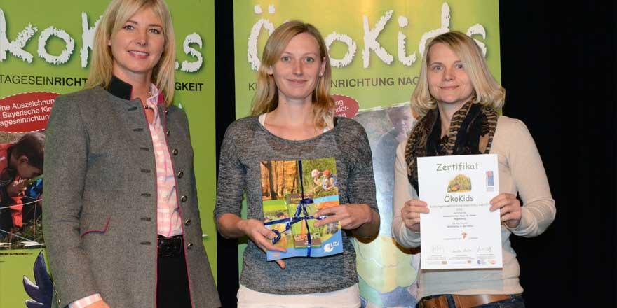 Staatsministerin Ulrike Scharf; stell. Leitung Anja Falkner; Leitung Tanja Feder. Foto: © STMUV Bayern